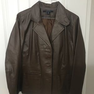 Vintage women's leather blazer